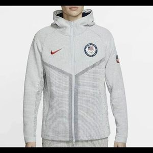 Nike Tech Pack Windrunner USA Olympic Jacket L